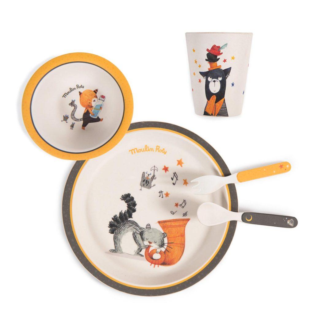 Set de vaisselle en bambou de la collection Les Moustaches de Moulin Roty